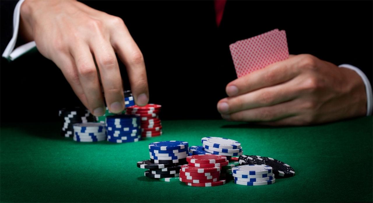 How to Avoid Going on Tilt in Poker - Play Online 3D Poker For Free on  Gamentio
